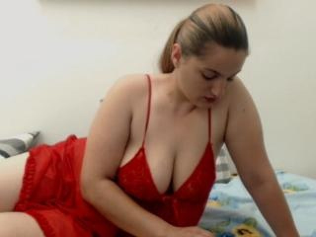 Bustylya Live Large Tits Blonde Brown Eyes Shaved Pussy Babe