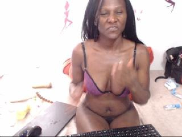 Chocolatina Live Brown Eyes Brunette Female Model Hispanic Webcam