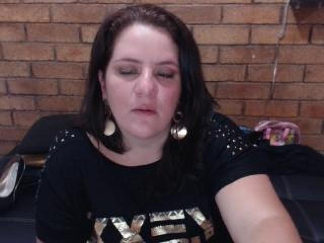 Celhestefox Live Medium Tits Small Ass Brunette Latina Female Pussy