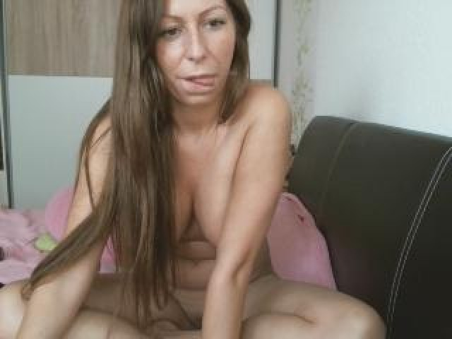 Kendrastar Live Large Tits Female Pussy Babe Caucasian Brown Eyes