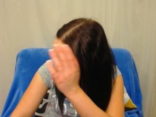 Ginahot Live Brunette Female Webcam Brown Eyes Shaved Pussy Model