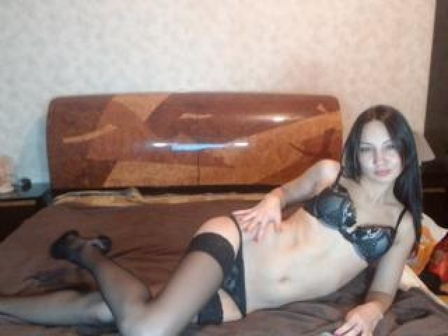 Clarise Live Female Model Caucasian Brunette Green Eyes Babe Tits