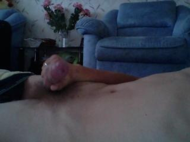Chgyj Live Pussy Cock Trimmed Pussy Medium Cock Caucasian Blue Eyes