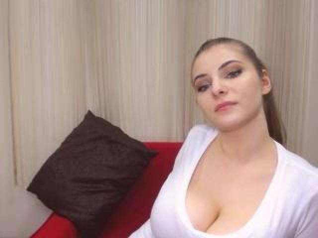 Sandyxlov Live Brunette Babe Sensual Blue Eyes Webcam Pussy Shaved