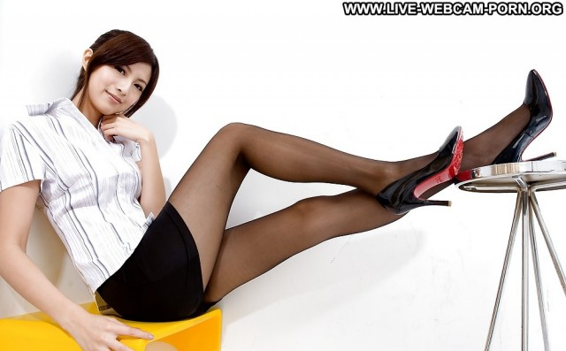 Jeanne Private Pictures Webcam Sexy Hot Babe Legs