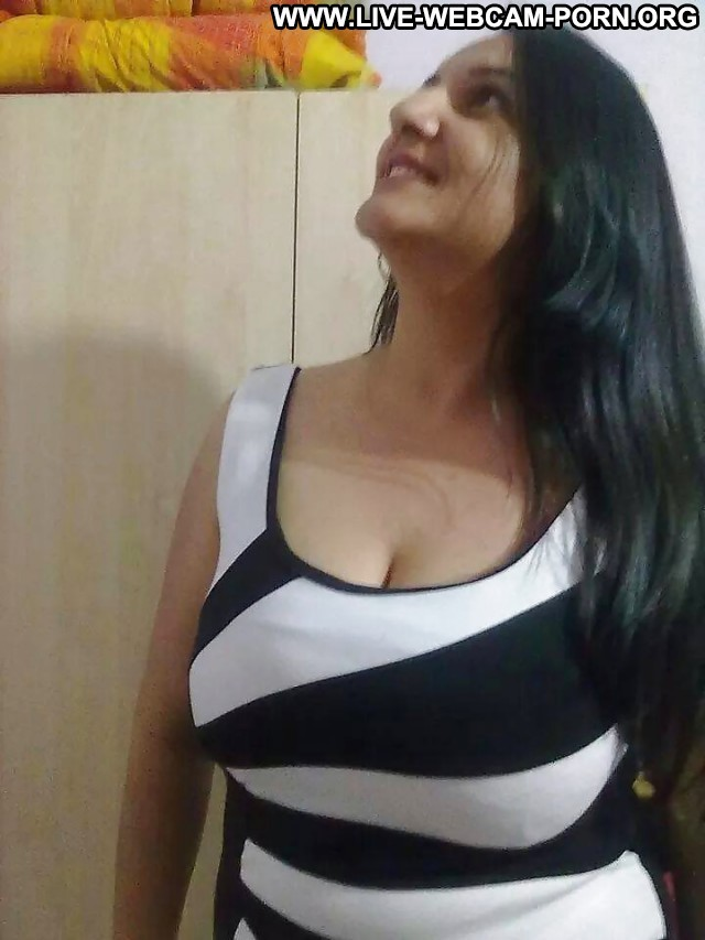 Isabella Private Pictures Milf Amateur Boobs Big Boobs Webcam Hot