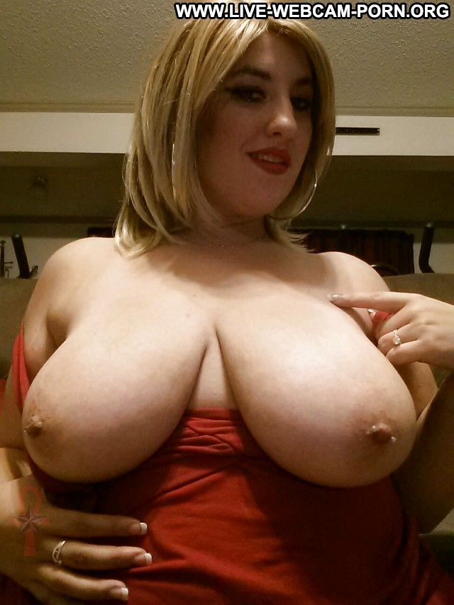 Clorinda Private Pictures Nipples Busty Boobs Big Boobs Tits Hot