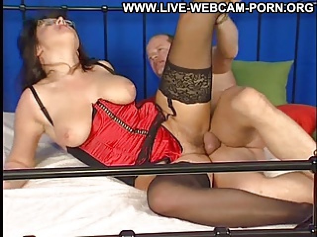 Cecelia Video Boobs Milf Big Butts Bed Webcam Hot Movie Big Butt Tits