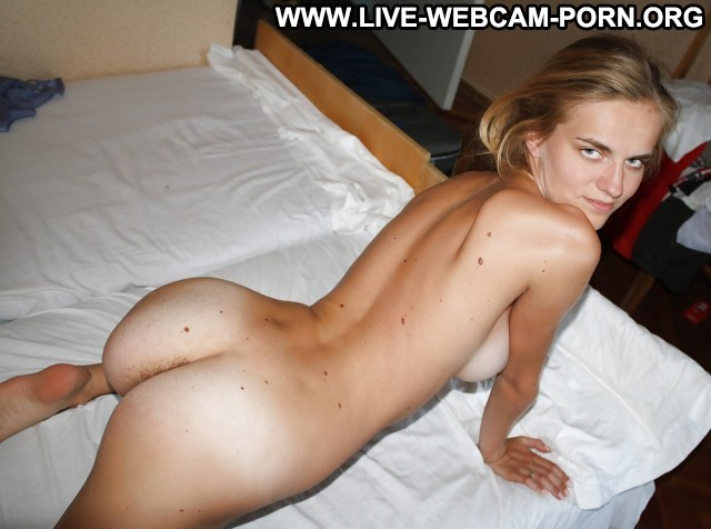 Hollie Private Pictures Hot Webcam Amateur Sexy Babe Flashing